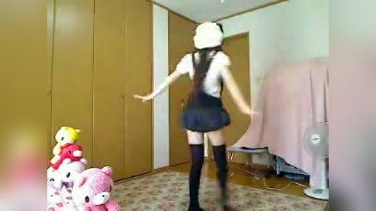 【七星まお】芭蕾舞者