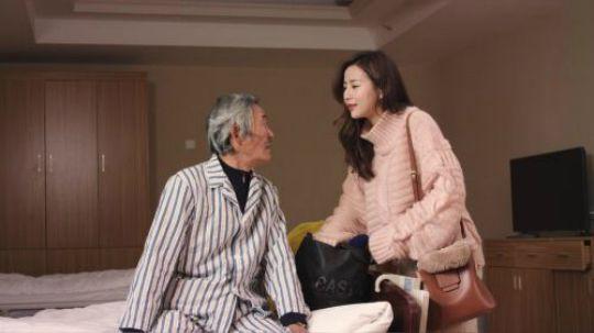 陈翔六点半:七旬老汉寻找甜蜜爱情,只为留住青春记忆!