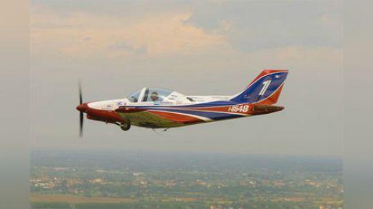 意大利全木质可飞特技的私人飞机进入中国,售价75万!