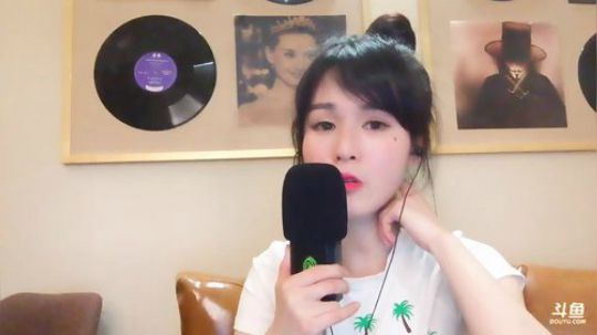 斗鱼女主播羊鹿鹿Jessie直播视频2018.3.13 00点场