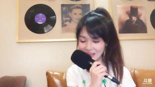 斗鱼女主播羊鹿鹿Jessie直播视频2018.3.12 22点场