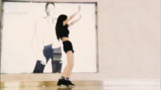 还是喜欢认真跳舞,认真拍视频#新主播求关注#
