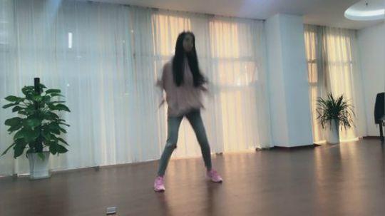 丸子跳舞视频 私人珍藏续